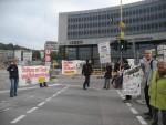 5. Protest mit Bannern.