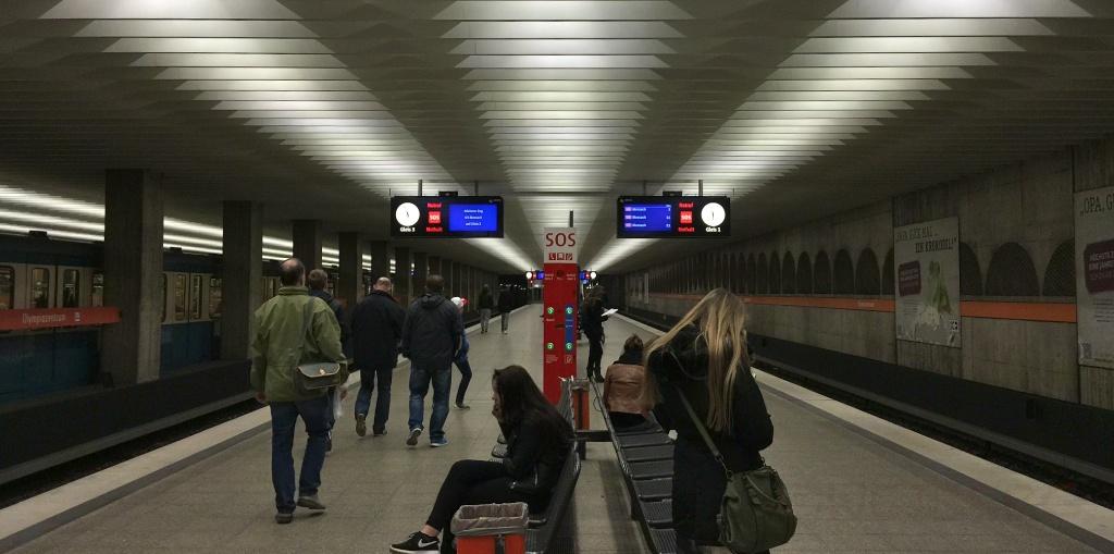 Bahn ©weiberg (2)