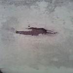 Loch_im_Dach1_2011-02-19_klein