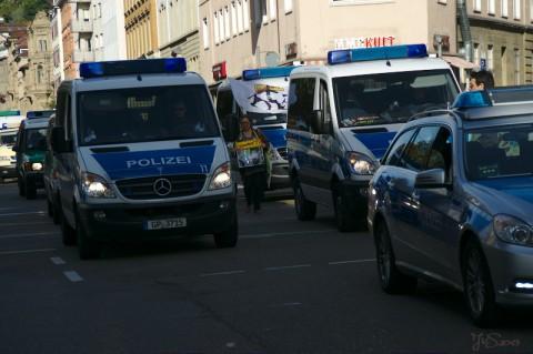 PolizeiüberholtzulangsameDemonstranten