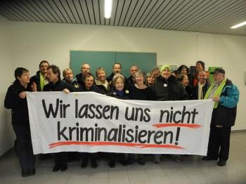 Solidarität vor dem Prozess